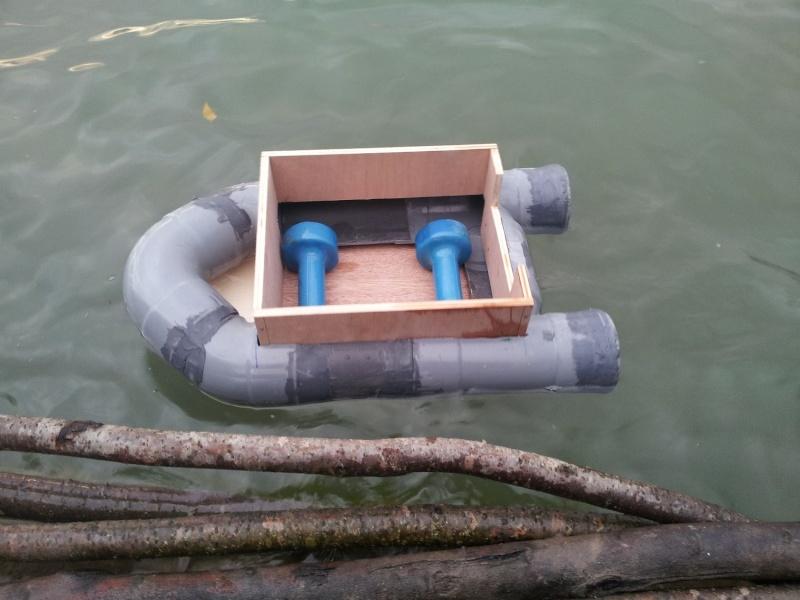 bateau amorceur en pvc