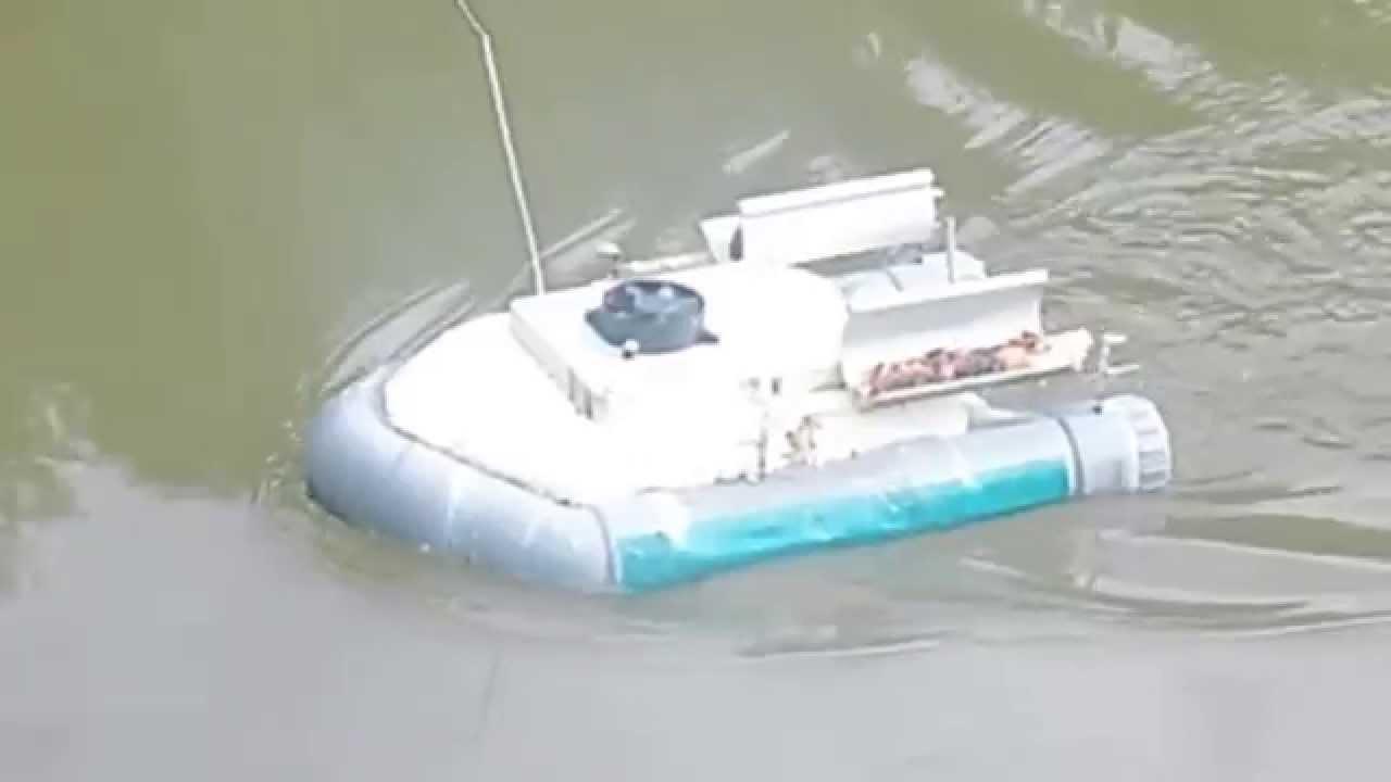 bateau amorceur maison 2 moteur