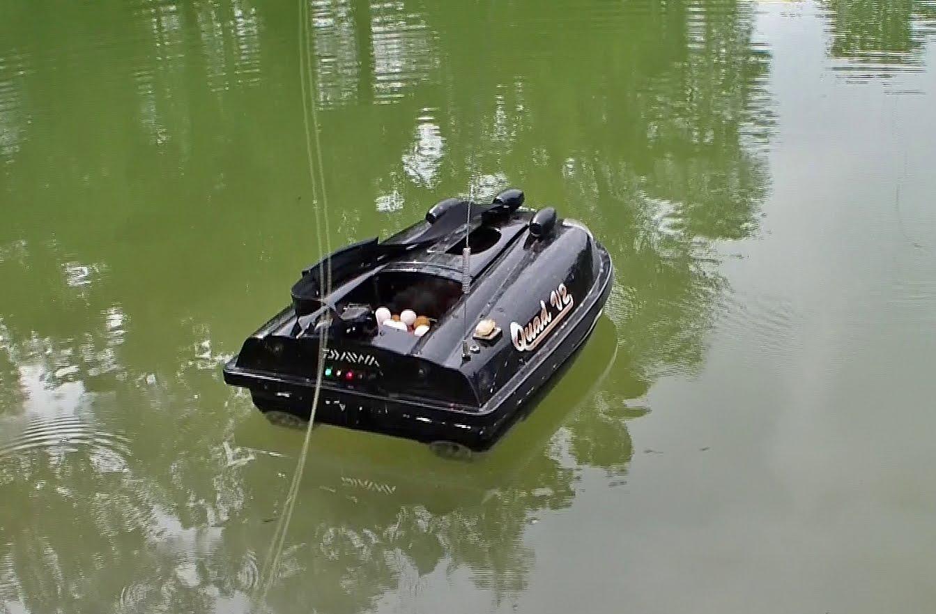 bateau amorceur quad v2 avec echosondeur