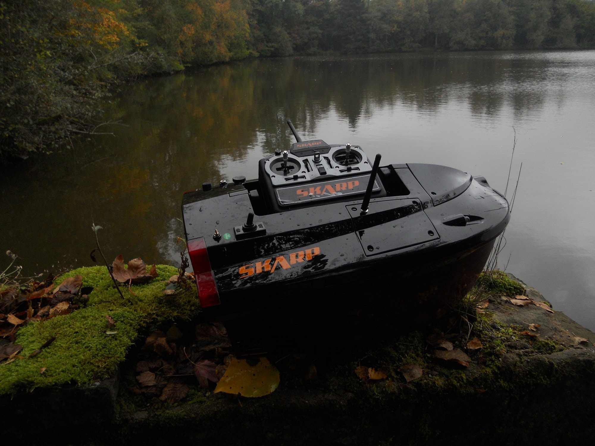 bateau amorceur skarp s60