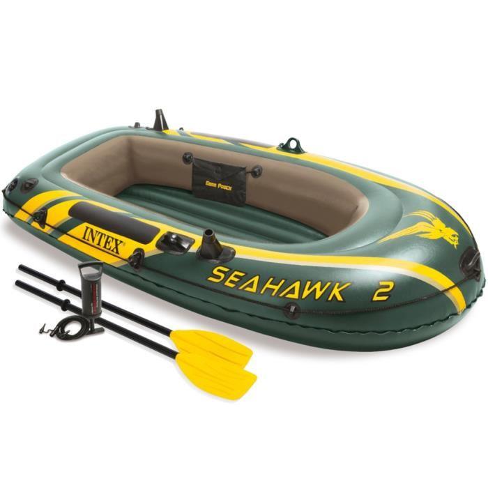 bateau gonflable avec rame