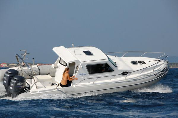 bateau gonflable habitable