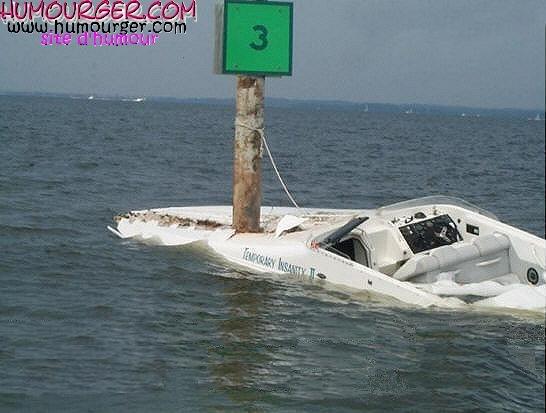 bateau gonflable humour