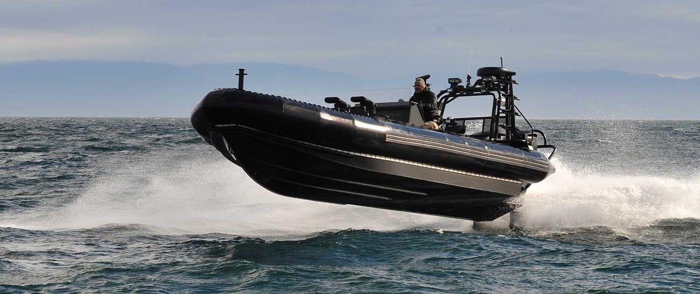 bateau gonflable titan