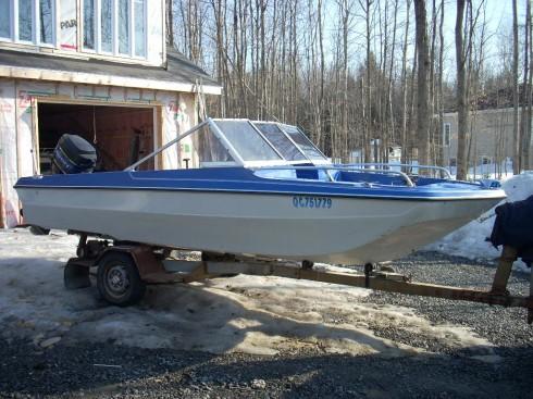 bateau peche 17 pieds a vendre