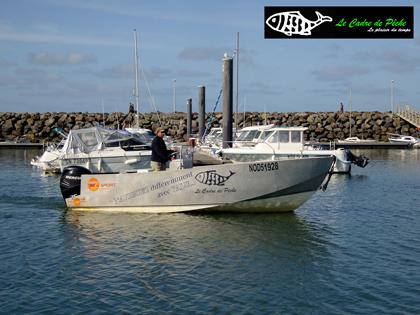 bateau peche bar