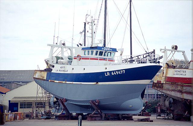 bateau peche hauturier