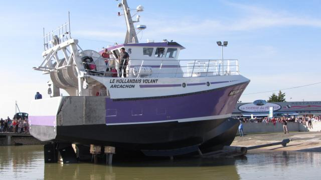 bateau peche hollandais