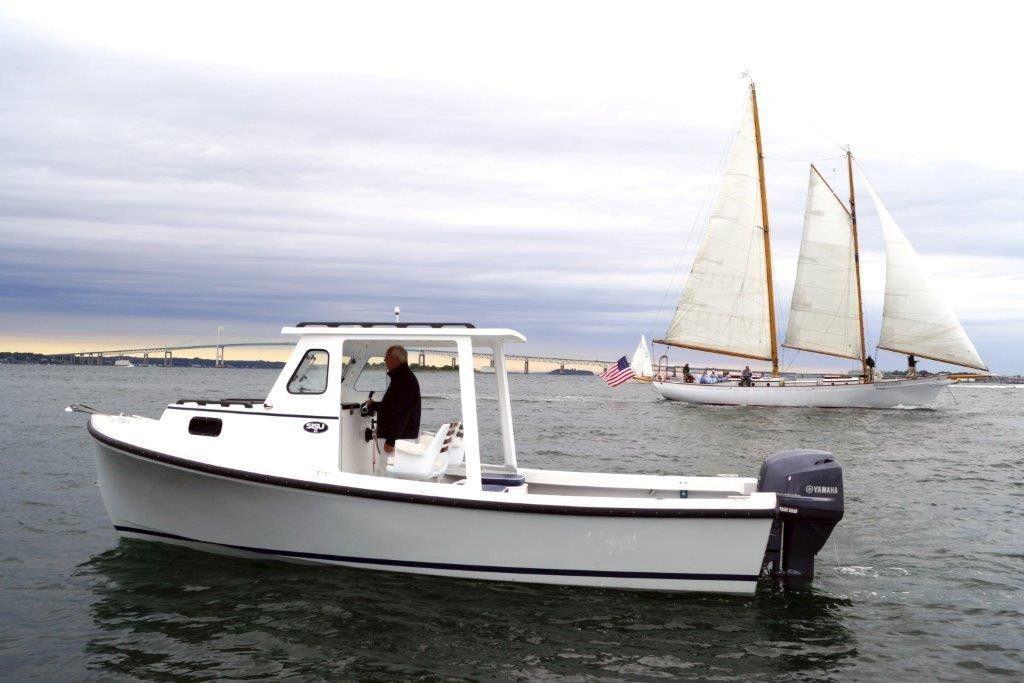 bateau peche hors bord