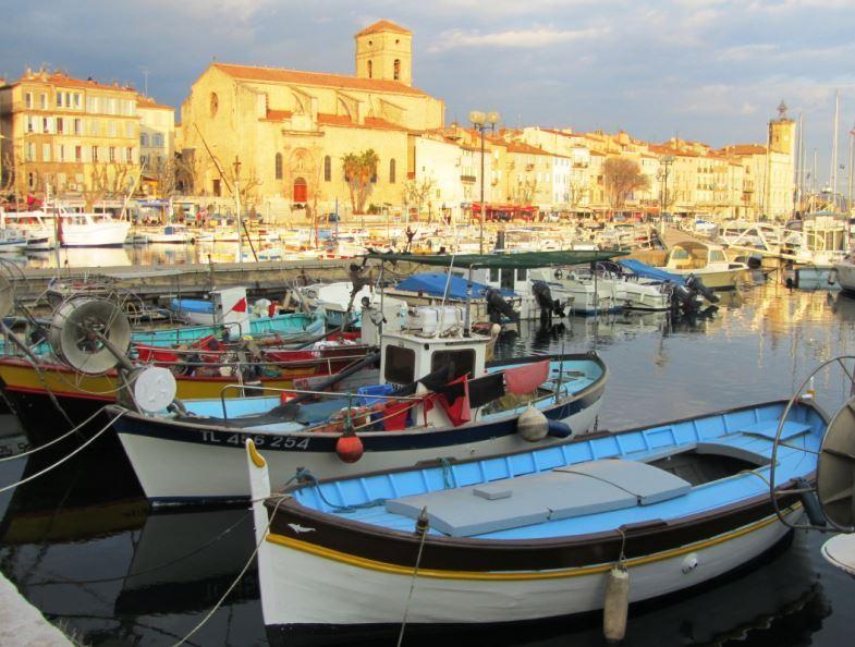 bateau peche mediterranee