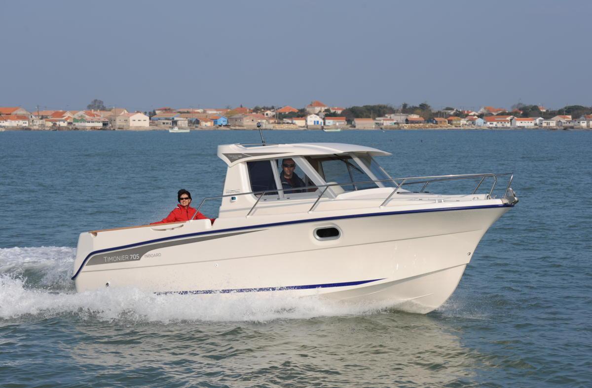 bateau peche plaisance