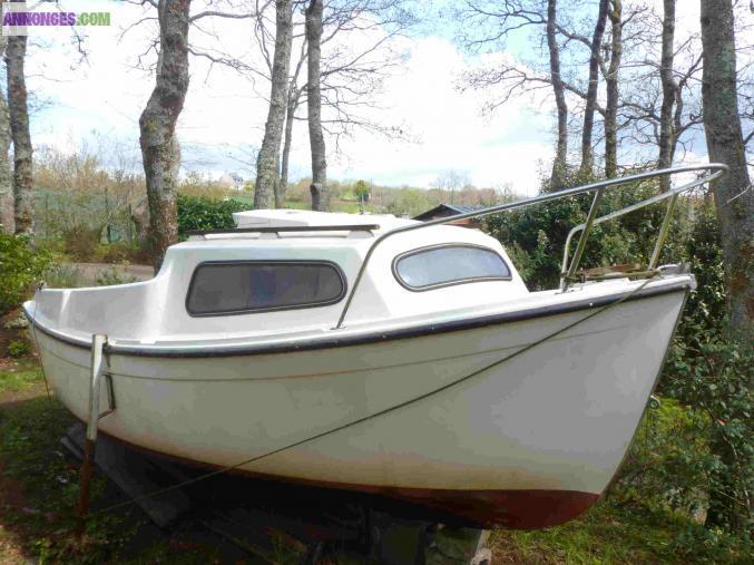 bateau peche promenade a vendre