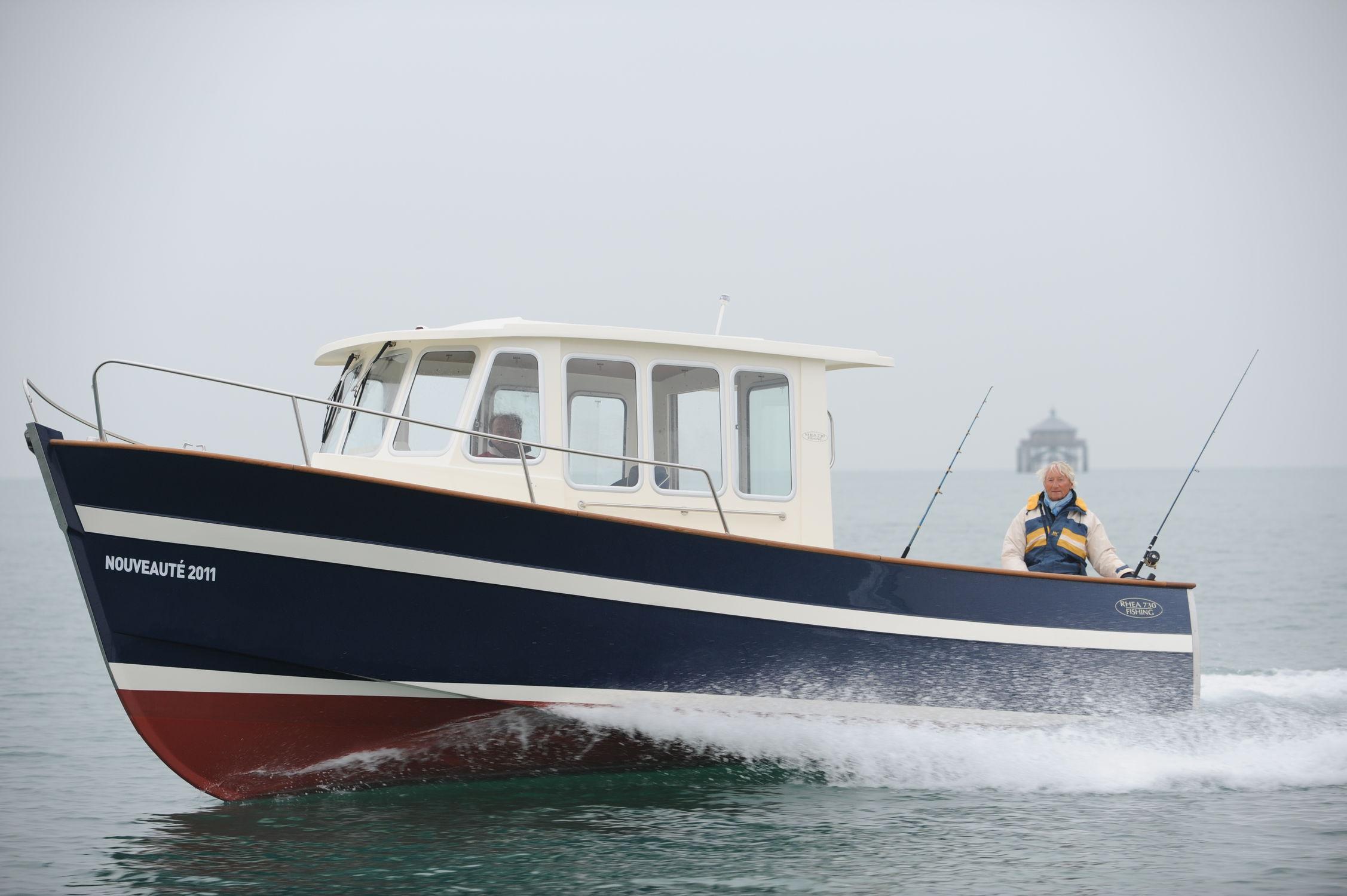 bateau peche rhea