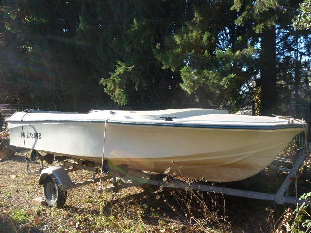 bateau peche riviere jeanneau
