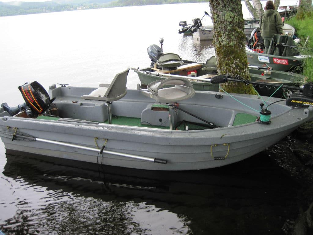 bateau peche silure