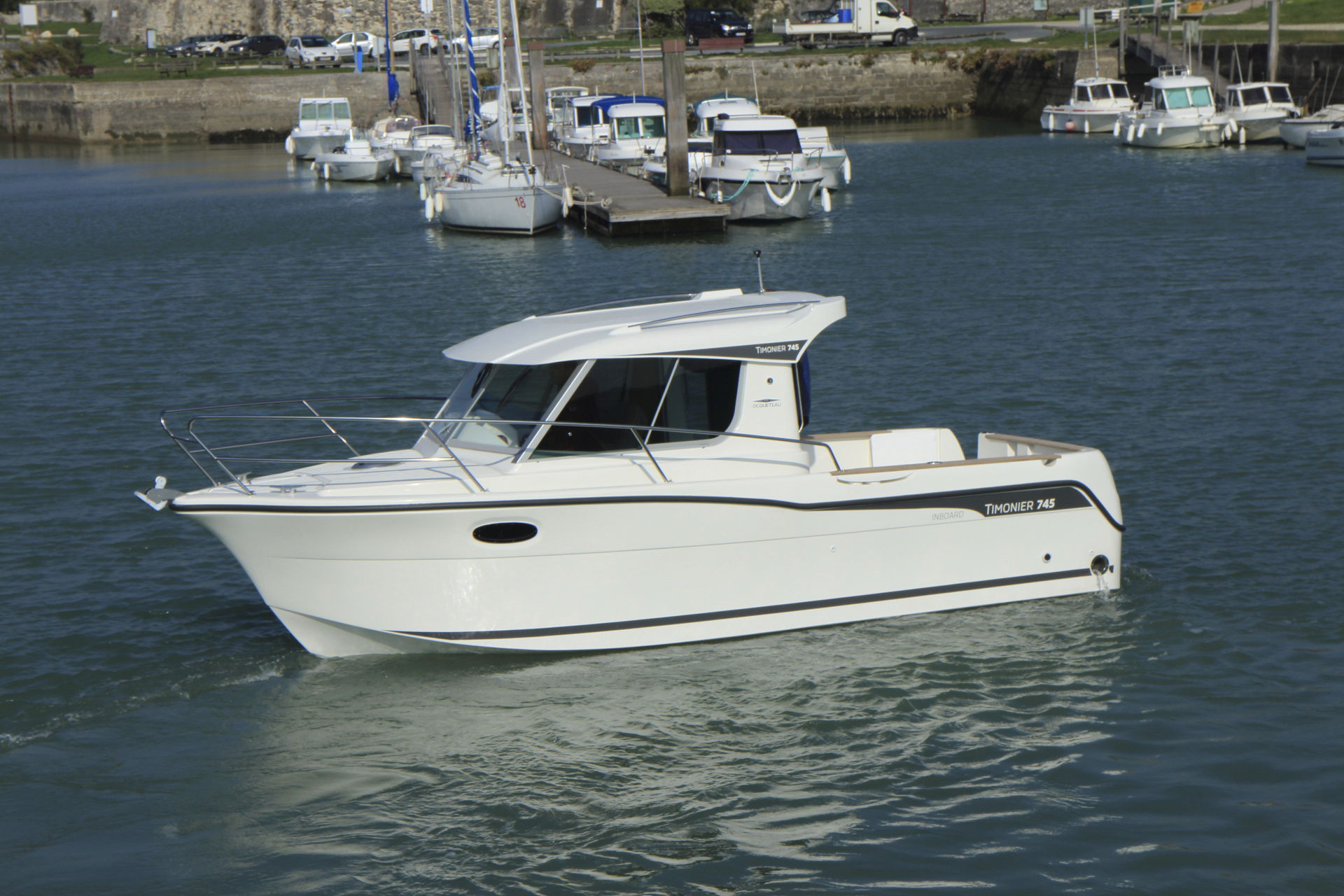 bateau peche timonier