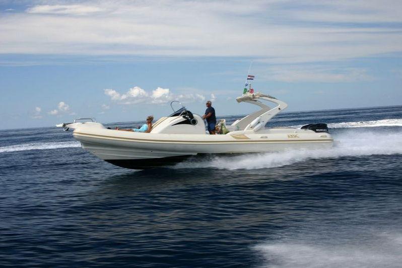 bateau pneumatique 10 m