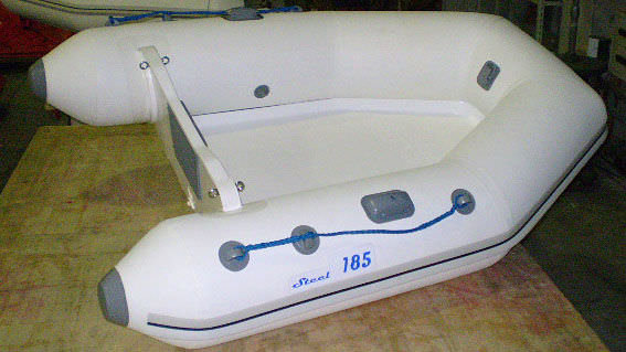 bateau pneumatique 185