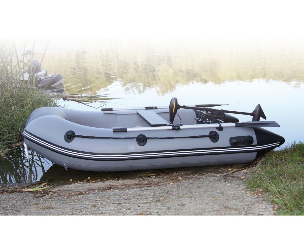 bateau pneumatique 2m70