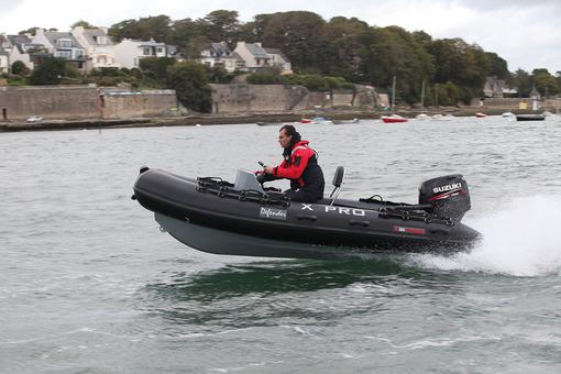 bateau pneumatique 4 metres