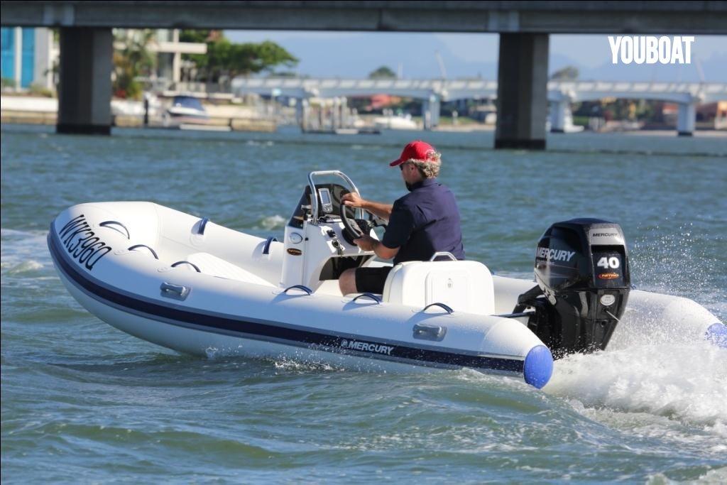 bateau pneumatique 460