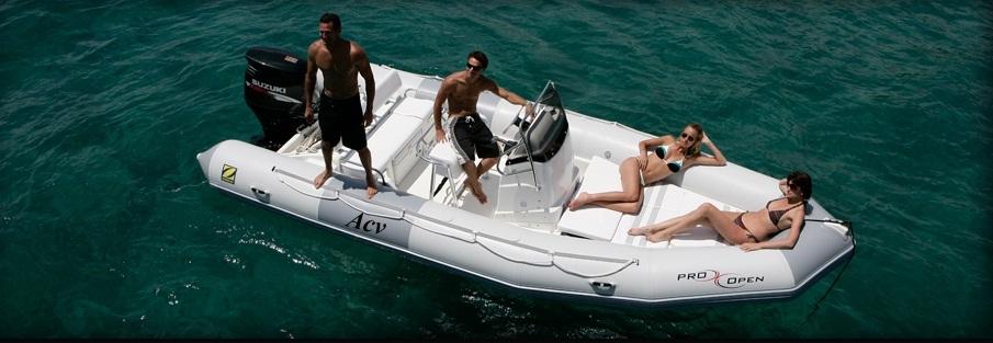 bateau pneumatique a coque rigide