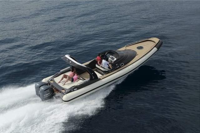 bateau pneumatique de luxe