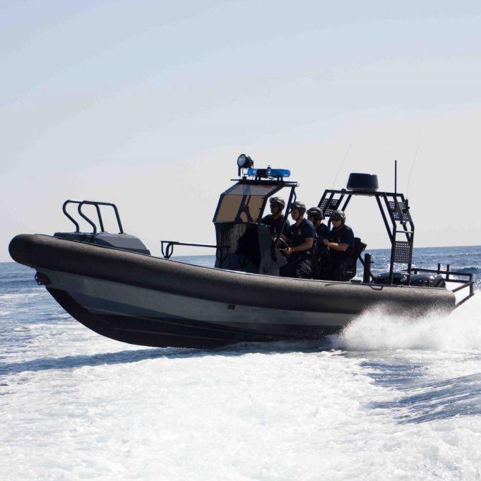 bateau pneumatique defender
