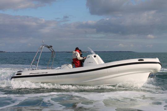 bateau pneumatique en italien
