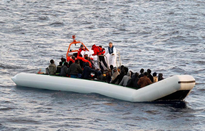 bateau pneumatique italie