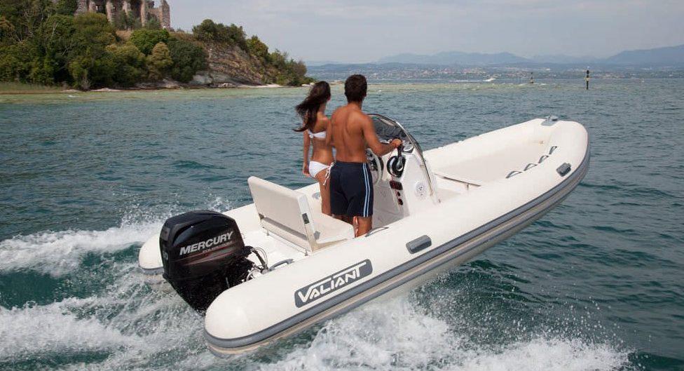 bateau pneumatique leger