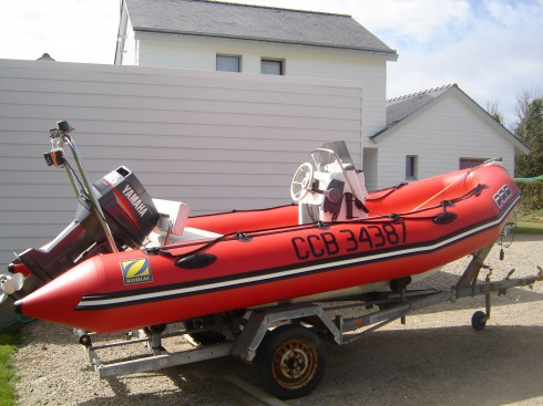 bateau pneumatique peche occasion