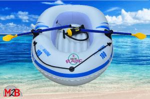 bateau pneumatique plage
