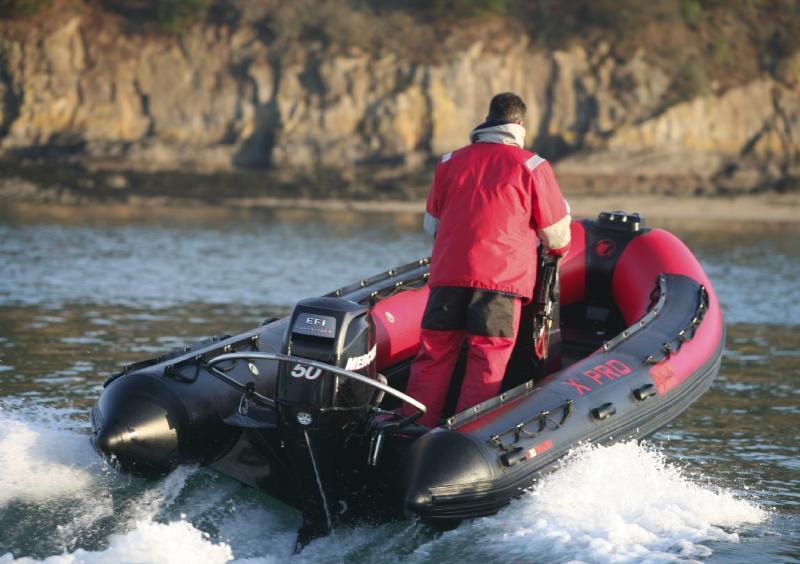 bateau pneumatique tender