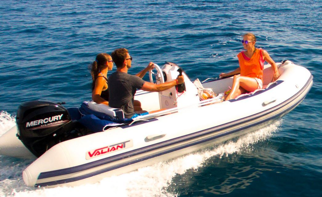 bateau pneumatique valiant