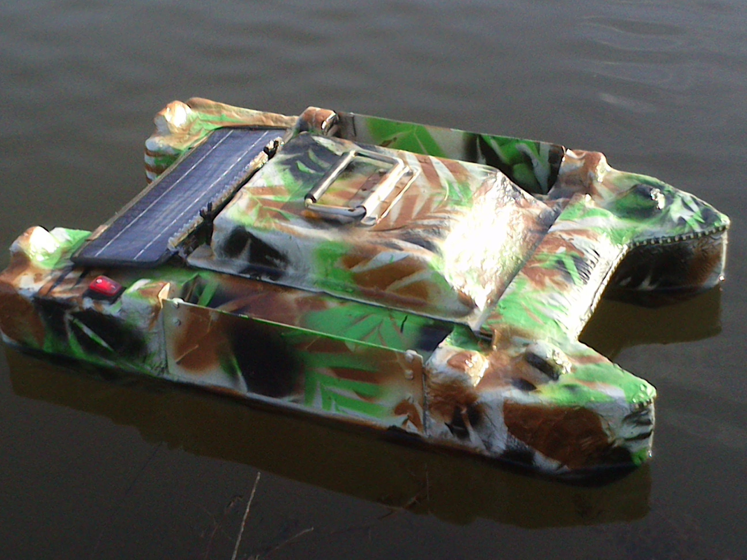 bateau amorceur fabrication maison
