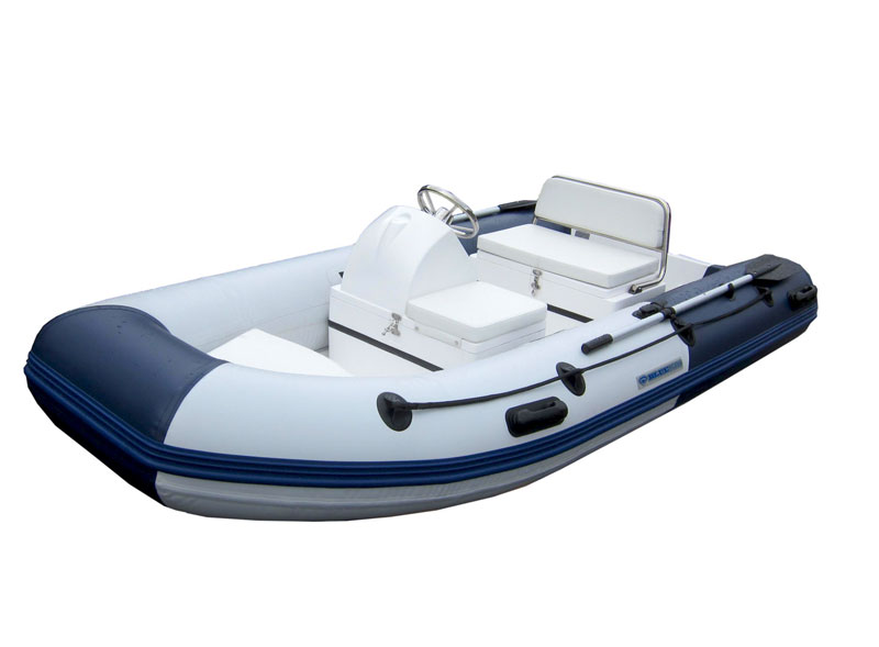 bateau gonflable avec volant