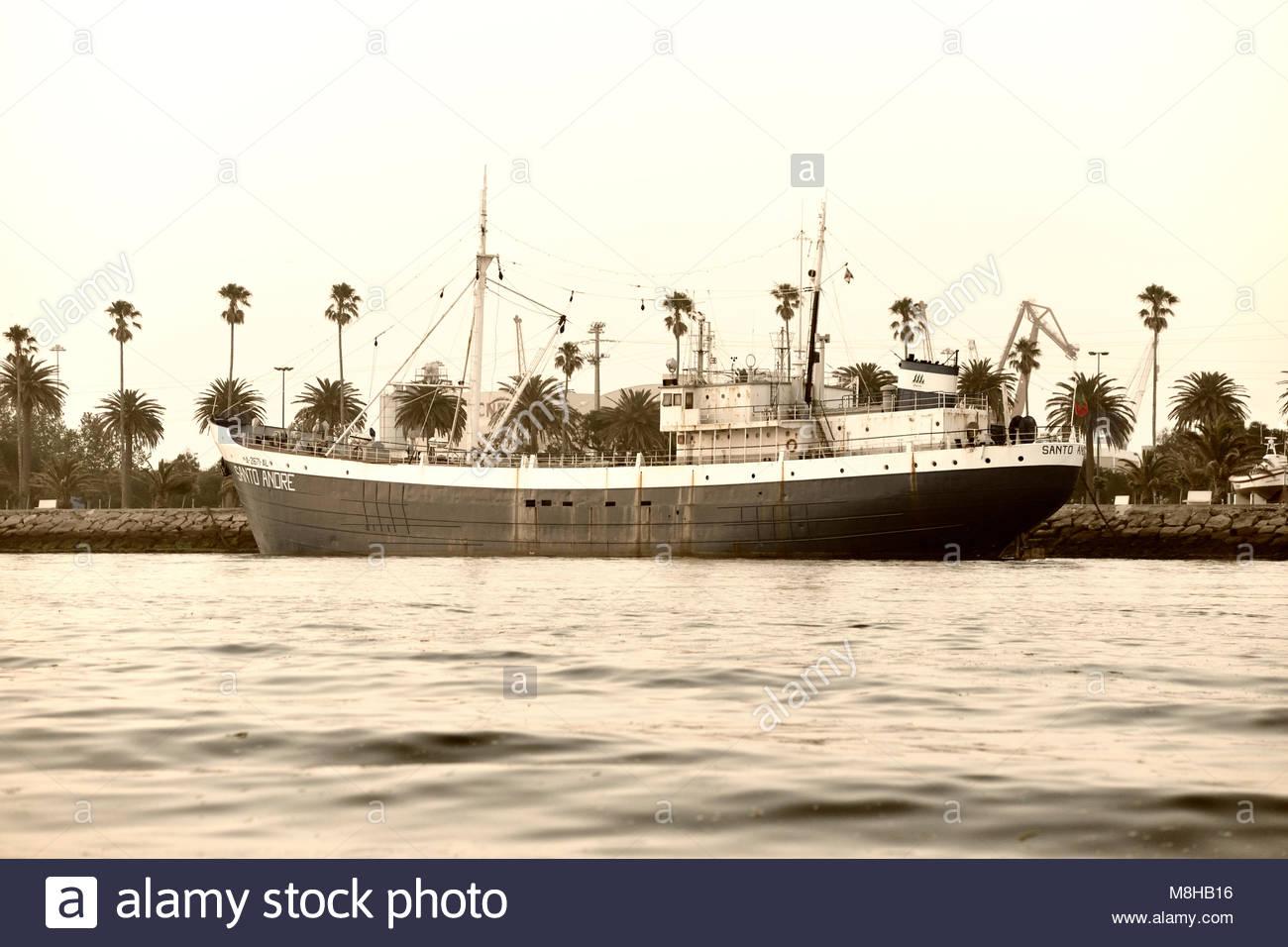 bateau peche a la morue