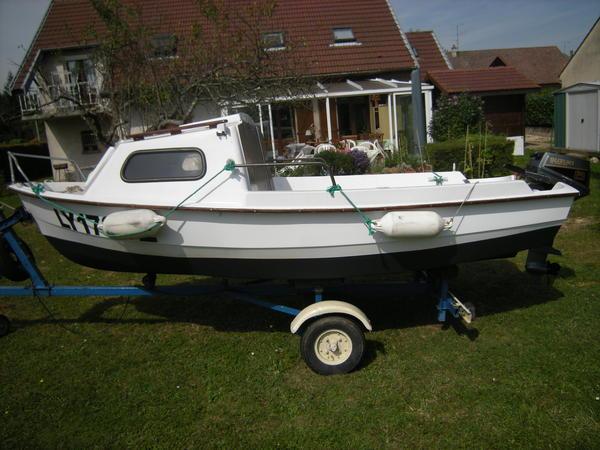 bateau peche et promenade