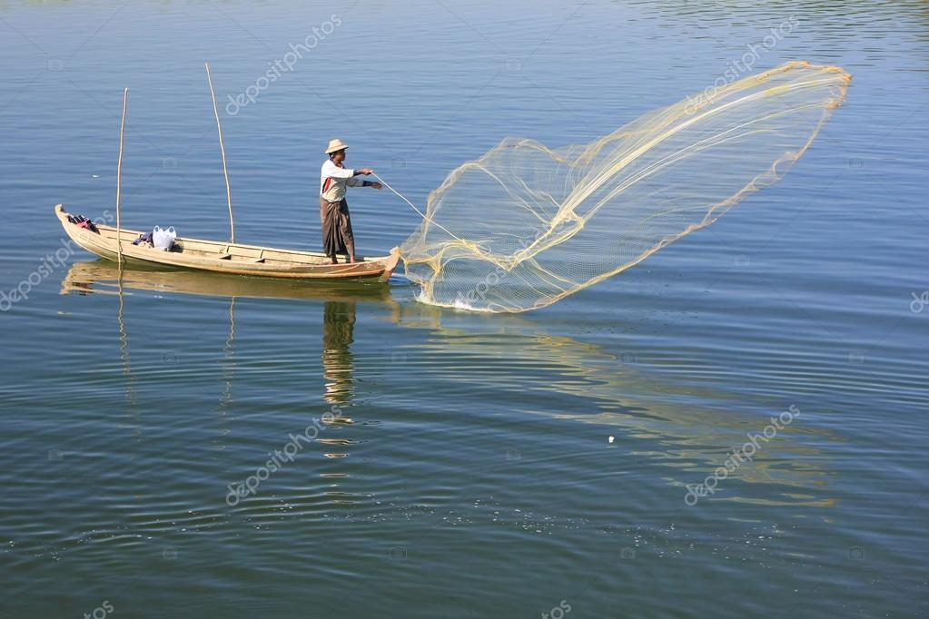 bateau peche filet