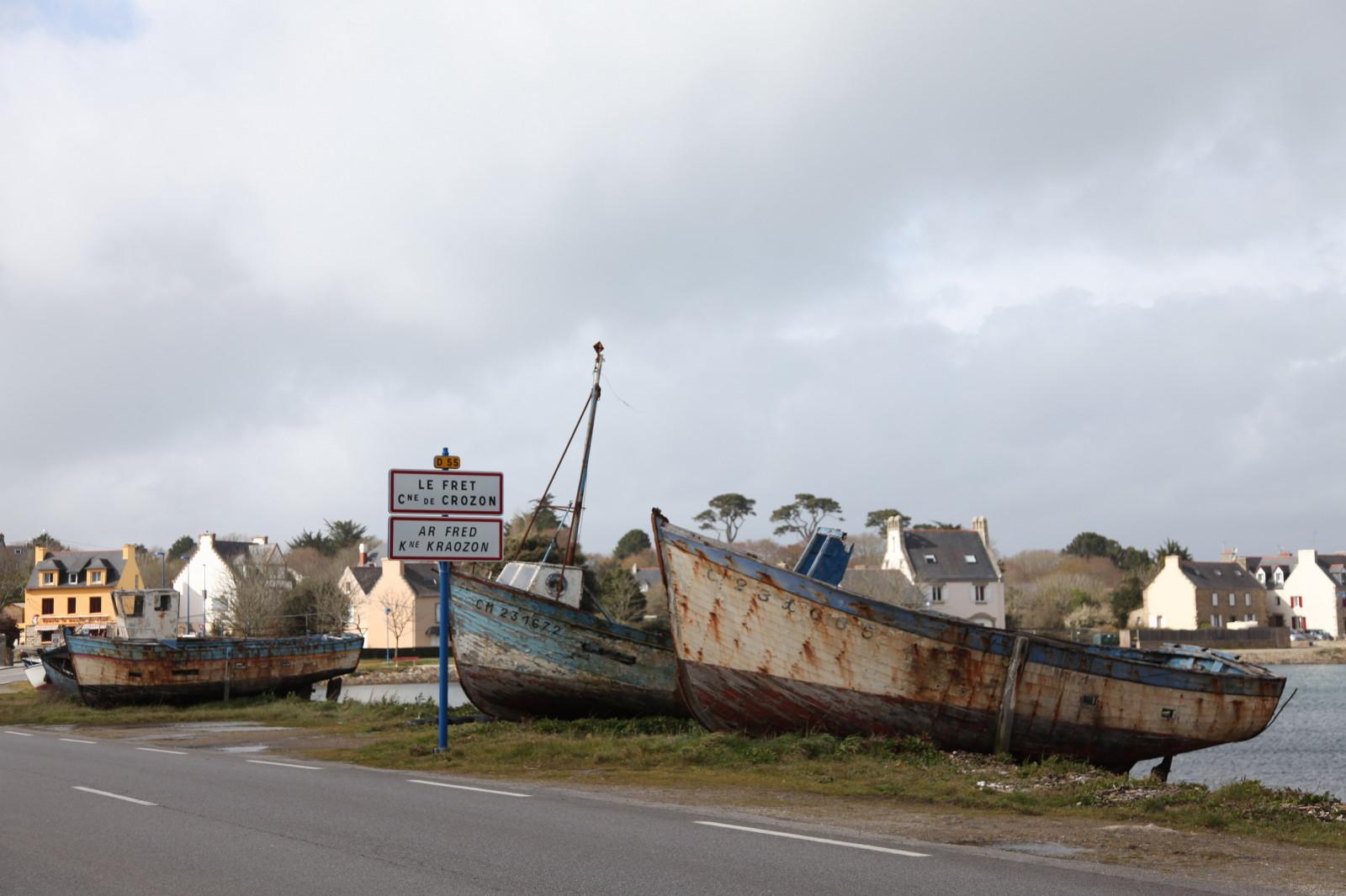 bateau peche fond plat 7 lettres