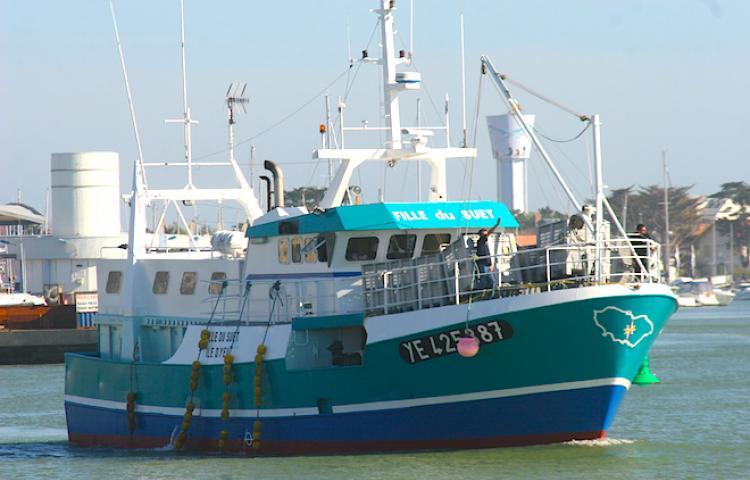 bateau peche ile d'yeu
