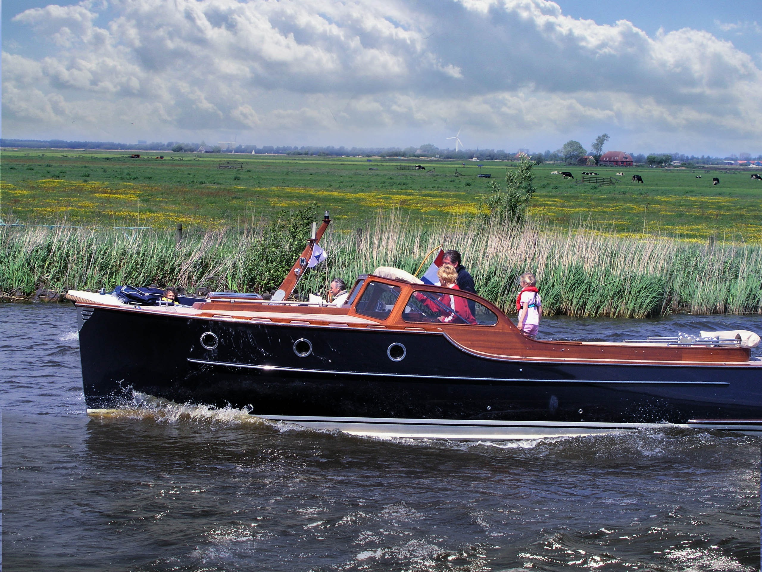 bateau peche mer et riviere