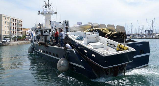 bateau peche thon rouge