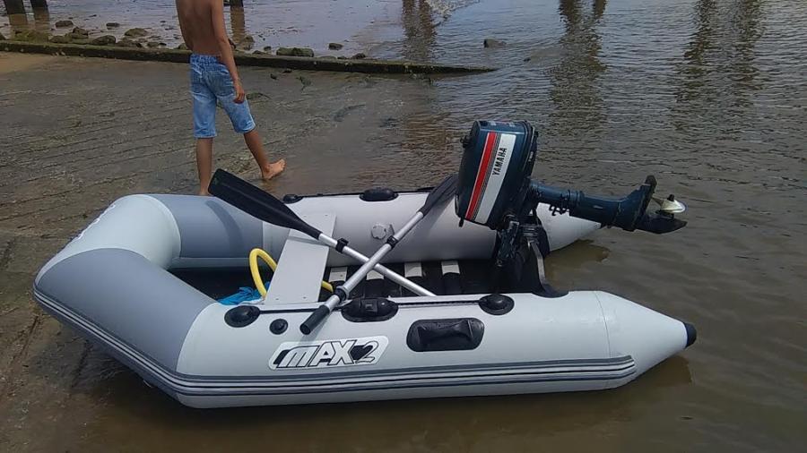 bateau pneumatique 2m40