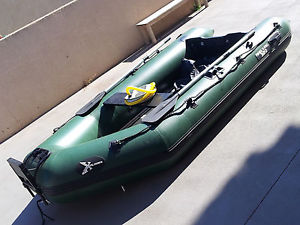 bateau pneumatique 3 metres