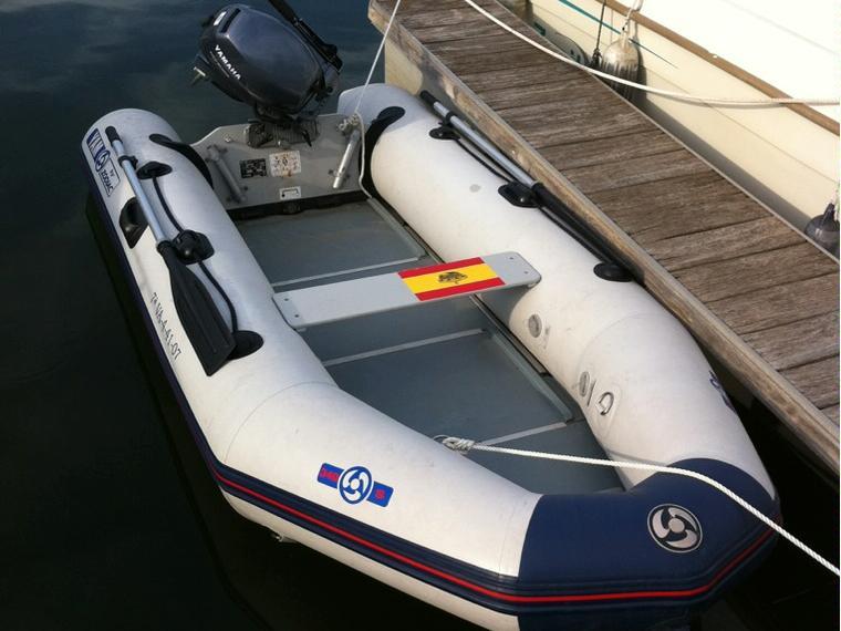 bateau pneumatique 8 cv