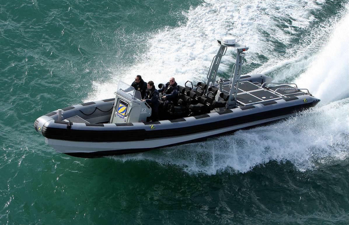 bateau pneumatique definition