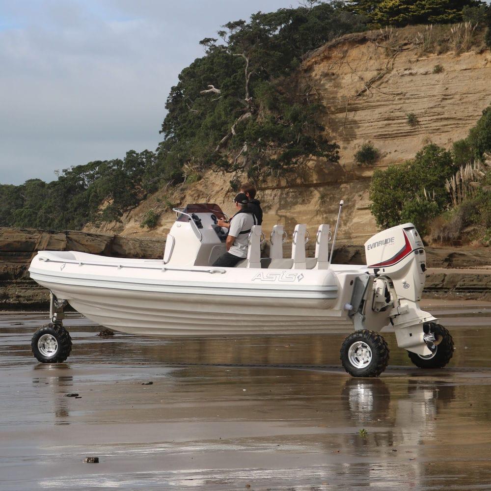 bateau pneumatique en anglais