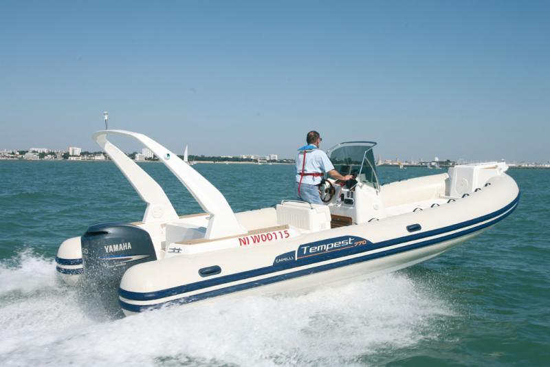 bateau pneumatique geneve